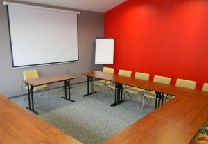 Sala czerwona ośrodka Europrofes Katowice