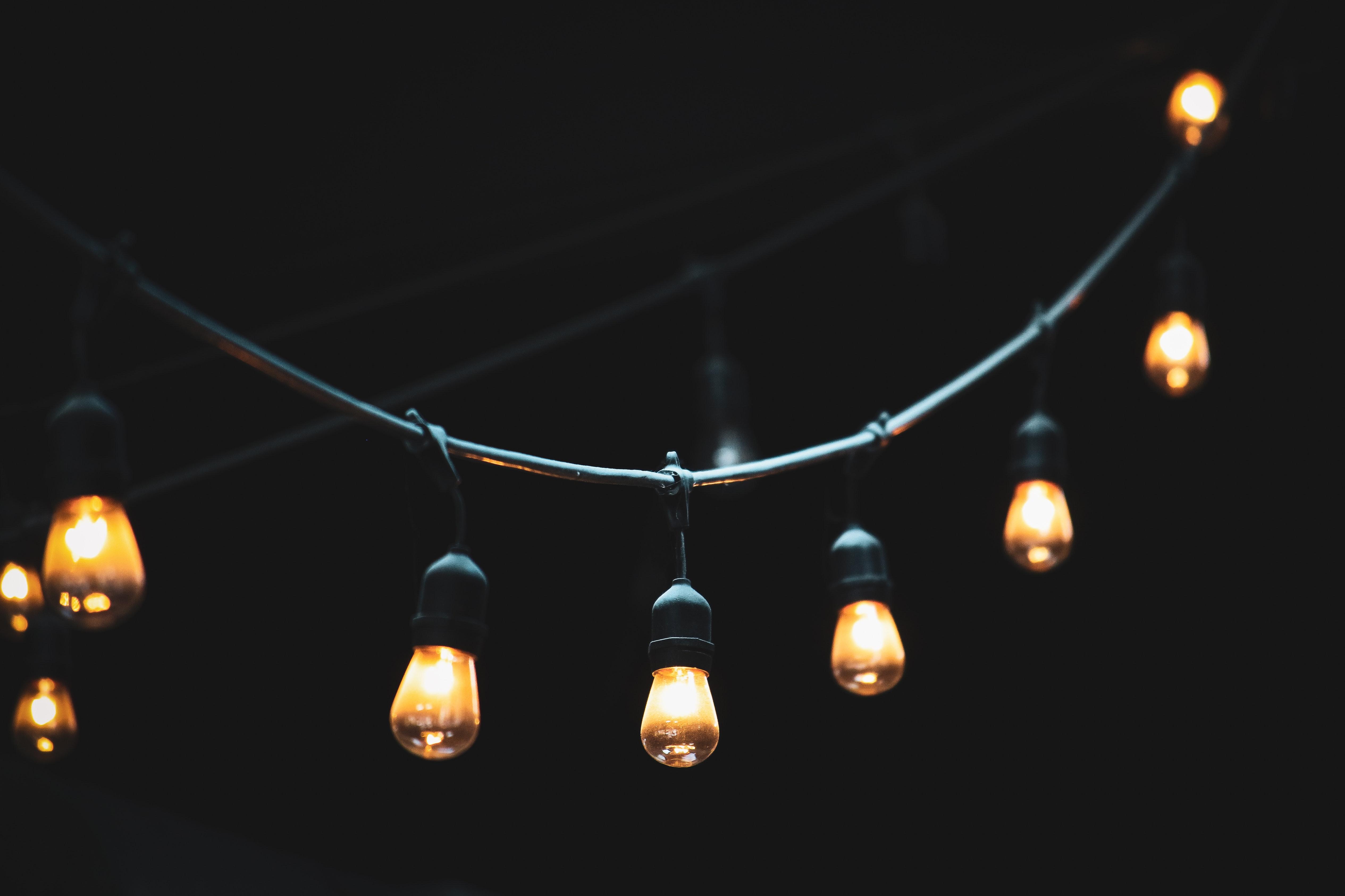 Zupełnie nowe Oświetlenie imprezy: Jakie są jego rodzaje? Co warto wiedzieć KU72