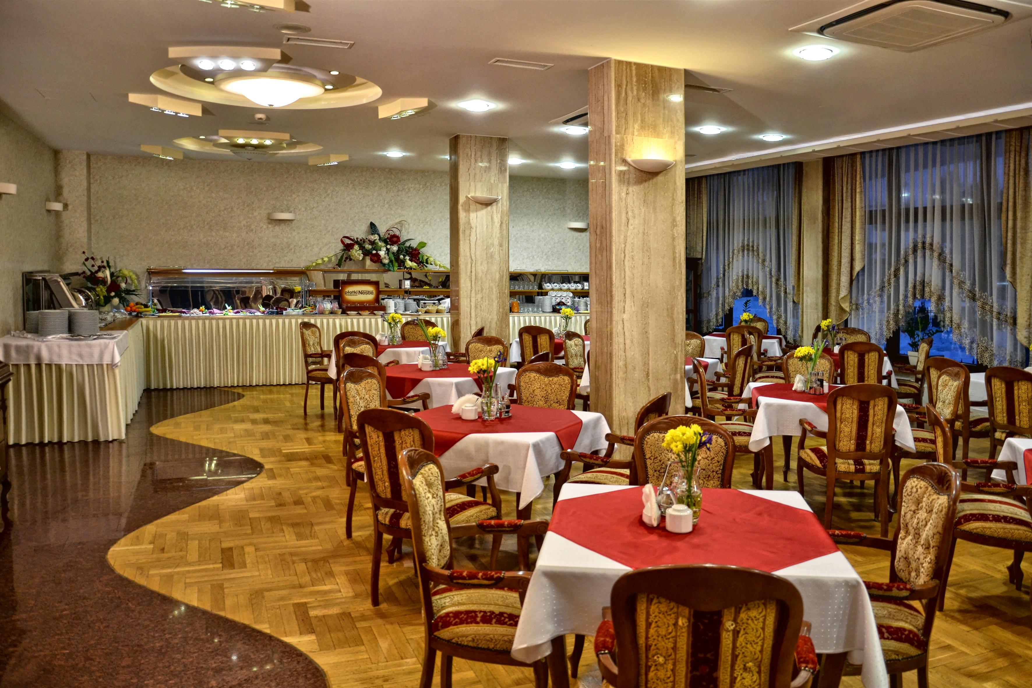 Hotel klimek spa sala konferencyjna muszyna for Hotel spa 13