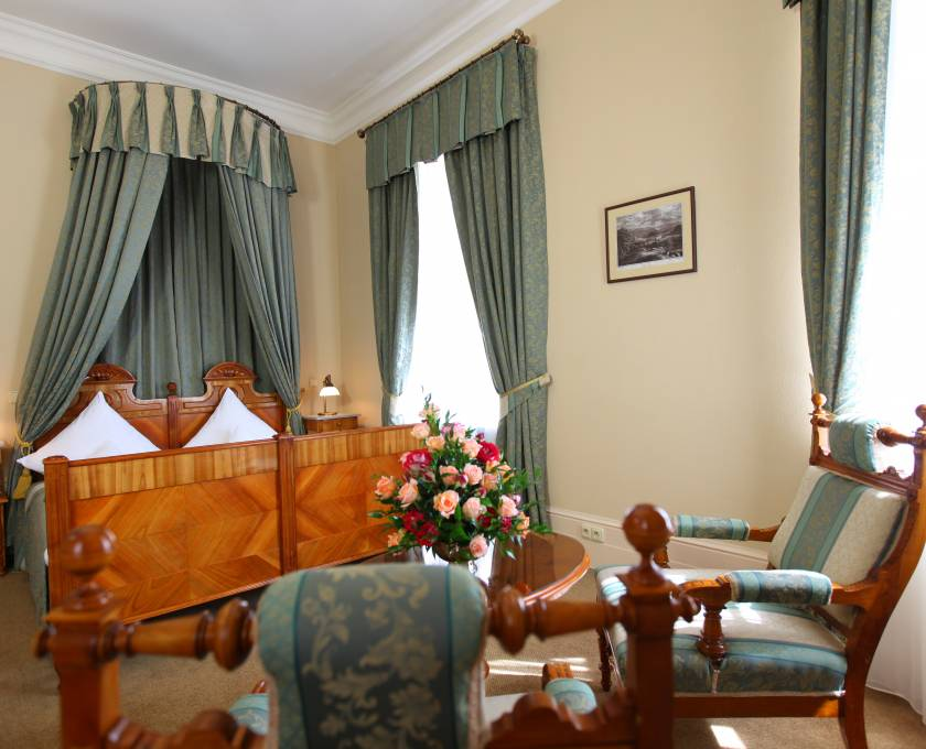 jelenia gora chat rooms Book the palac paulinum in jelenia gora & read reviews all 29 rooms offer free wifi, tvs, and free bottled water guests will also find phones and desks.
