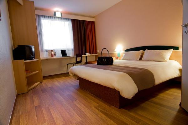 Hotel Ibis Telefon