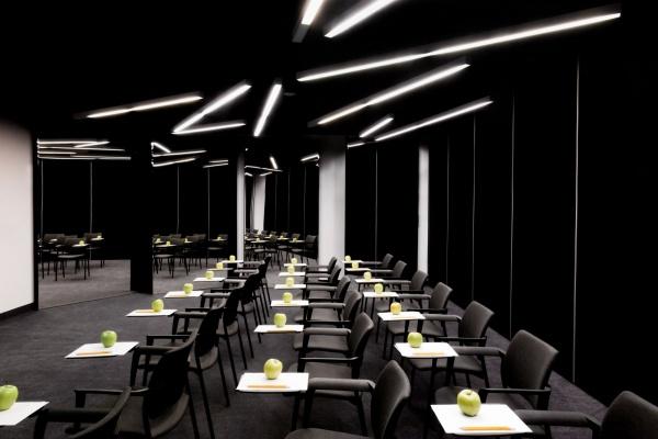 Poziom 511 design hotel spa sala konferencyjna podzamcze for Hotel design poziom 511
